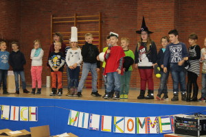 Die Kinder der Grundschule Veenhusen hatten für die Veranstaltung einige Darbietungen vorbereitet